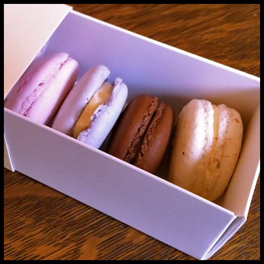 SweetHeartsPatisserie2_MacaronsSelected