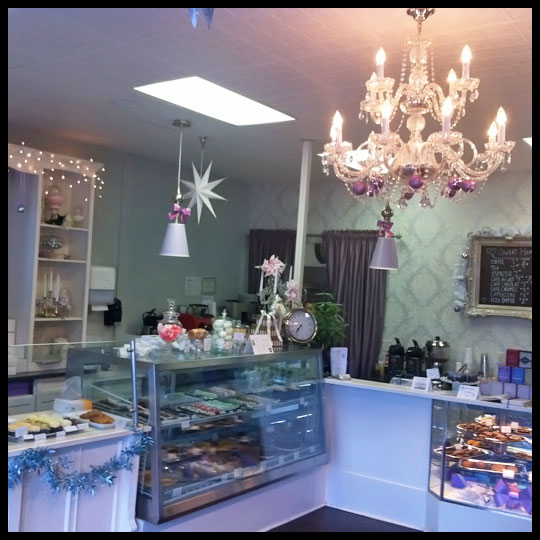 SweetHeartsPatisserie2_Shop