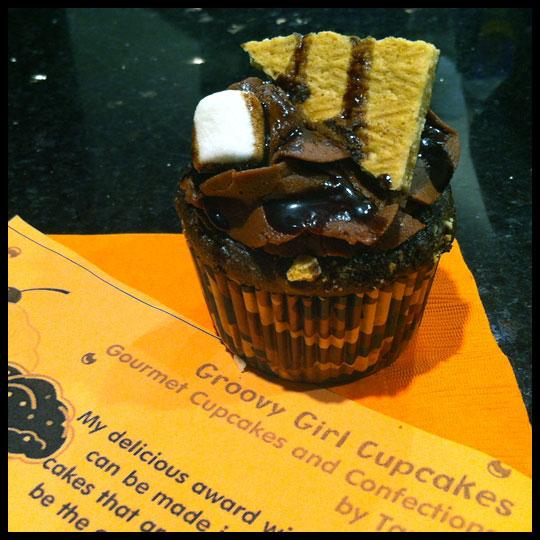 GroovyGirlCupcakes2
