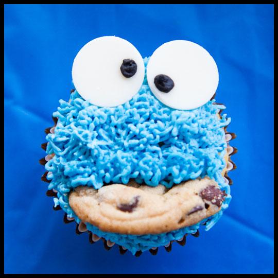 CookieMonster_Cupcake2