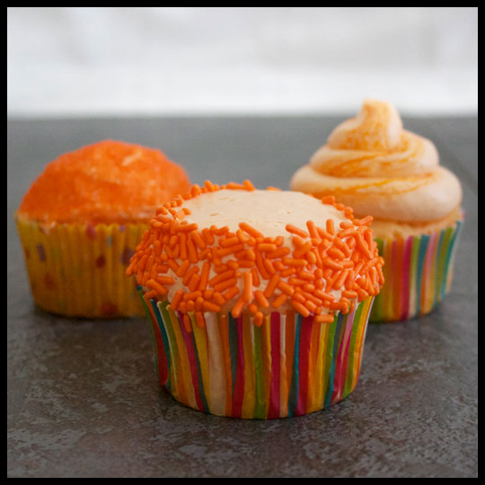 Bring on the Warm Weather with these Orangesicle Cupcakes (1/6)