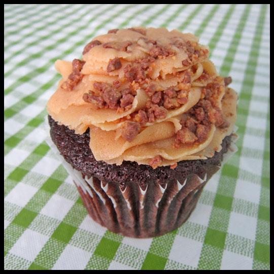 CupcakesInParadise_ChocolatePB