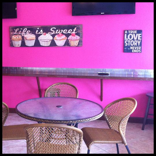 CupcakesInParadise_Inside