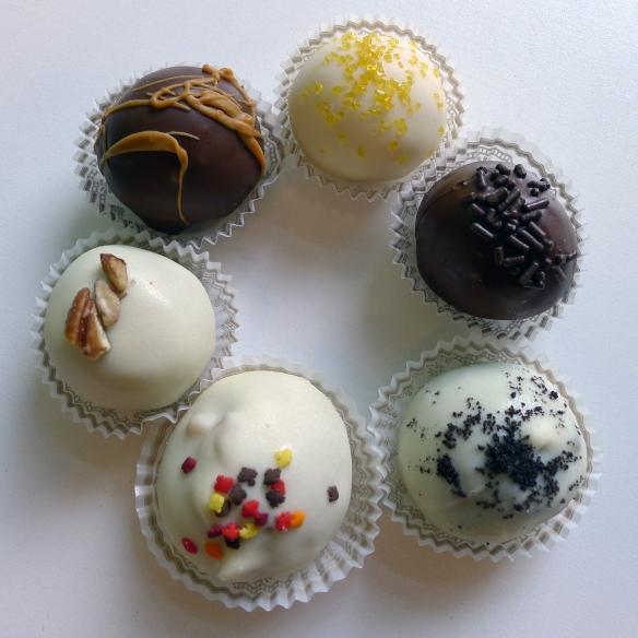 Dimples-CakeBalls