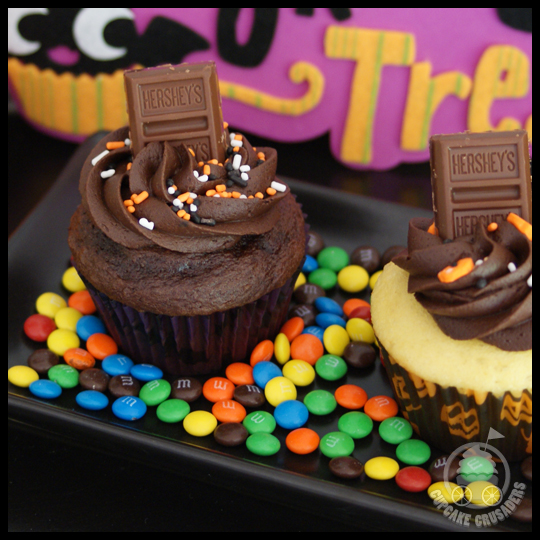 HalloweenPinataCupcakes_Chocolate