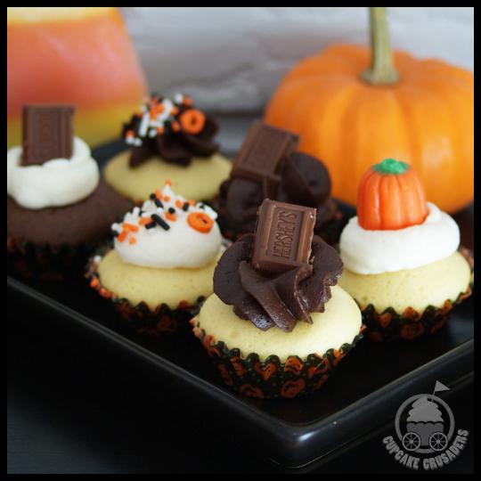 HalloweenPinataCupcakes_Minis